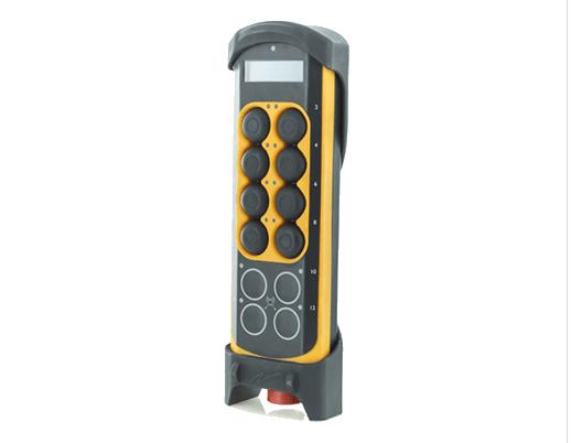 Teach-in Pendant van FLX Transfer System. SSEB Systems Transfersysteem FLX is een automatiseringssysteem voor nieuwe en bestaande, hydraulische persen en 3D lasersnijmachines. Met het systeem kunnen platines en halffabricaten automatisch ingelegd, doorgelegd en uitgehaald worden.